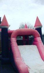 roze-kasteel-springkasteel-2147